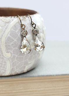 Crystal Glass Earrings Bridal Earrings Vintage by apocketofposies