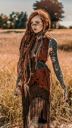 Discover recipes, home ideas, style inspiration and other ideas to try. Viking Warrior, Viking Woman, Warrior Women, Viking Hair, Viking Dress, Viking Costume, Dreadlocks Girl, Tribal Makeup, Kawaii Anime Girl