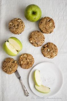 biscotti mela e avena vegan tarte maison Biscotti Biscuits, Biscotti Cookies, Apple Cookies, Sweet Recipes, Vegan Recipes, Cooking Recipes, Healthy Cookies, Healthy Desserts, Tortillas Veganas