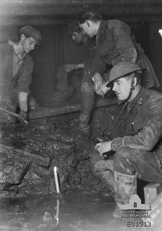 World War One British Tunnelers working with Australian Tunneling companies. World War One, First World, Military Engineering, Shell Shock, Department Of Veterans Affairs, School Art Projects, Monologues, Photo Reference, Military History