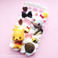 Please note Winnie is not part if this listing, if you want Winnie as well, please contact me This is a made to order case for any phone. You will have