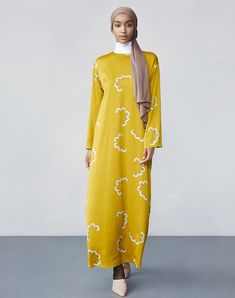 93b660de4070 Hana Tajima Fall/Winter 2018 Collection   UNIQLO US Modest Wear, Hana,  Uniqlo
