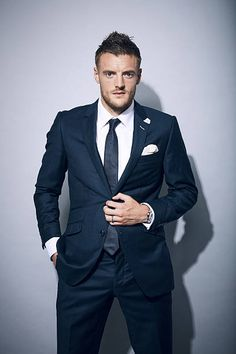 England V Italy International Friendly Stock Pictures, Royalty-free Photos & Images Josh Bowman, Leicester City Fc, Jamie Vardy, Mens Fashion Suits, Football Players, Premier League, England, October 2, Foxes