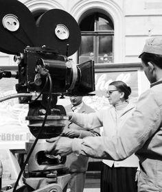 Wanda Jakubowska (1907-1998) Varsovia, Polonia. Filmografía: http://www.imdb.com/name/nm0416049/?ref_=fn_al_nm_1 Información. http://www.filmpolski.pl/fp/index.php?osoba=115927