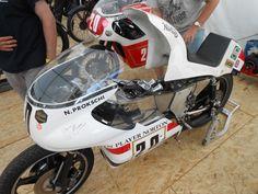 British Motorcycles, Racing Motorcycles, Classic Motorcycle, Road Racing, Motorbikes, Classic Cars, Naked, Bicycle, Vintage