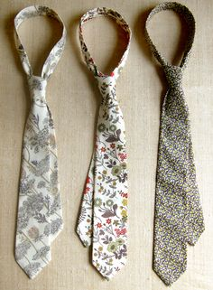 How to make a tie. lovely idea for a gift