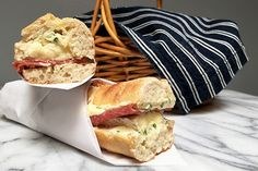 Baguette Sandwich, Brie Sandwich, Easy Sandwich Recipes, Cheese Pairings, French Baguette, Cheese Shop, Cooking For A Crowd, Sliced Tomato, Wrap Sandwiches