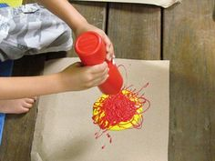 Ketchup and mustard squeeze painting in preschool - shared with the Kids Art Explorers project http://nurturestore.co.uk/category/creative-art/kids-art-explorers