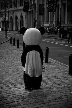 Cute Panda Wallpaper, Sad Wallpaper, Scenery Wallpaper, Emoji Wallpaper, Panda Wallpapers, Cute Cartoon Wallpapers, Grunge Photography, Dark Photography, Crying Girl