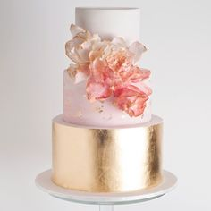 Lovely cake by Cake Ink _