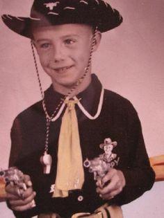 The full Hopalong Cassidy cowboy 'get up' - 1954