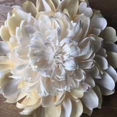 "32"" crepe paper flower on its way to Scotland for a special 99th birthday surprise for a lovely, lovely lady! #crepepaper #crepepaperflowers #giantpaperflowers #paperflowers #paper #cartotecnicarossi #handmade #papersculpture#weddingflowers #interiordecor #homedecoration #interiorstyling #specialbirthday #99thbirthday"
