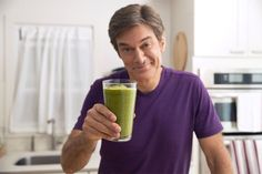 Dr. Oz's Green Drink: Dr. Oz shares one of his favorite recipes. Jumpstart your mornings with this high-fiber, low-calorie breakfast drink.