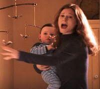 25 januari 2012: Magische moederliefde. Foto: Geraldine Sommerville als Lily Potter, die door haar opofferende liefde haar zoon nog na haar dood beschermde in de Harry Potter boekenreeks van J.K. Rowling. Gewone moederliefde offert zich gelukkig niet op, maar is wel een sterke, soms bijna magische kracht.