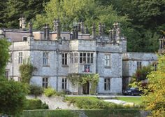 Tissington Hall was built in 1609, and has been the family home for over 500 years. Today it is a prestigious Derbyshire wedding venue
