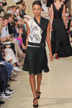 Bouchra Jarrar Fall 2012 Couture effortless and asymmetrical……i feel easy and breazy