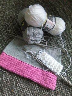 Kipakka kipinöi, kuvaa ja kutoo: Välinevarustelun uudestaan aloittamisen tuskaa Knitted Hats, Knitting, Accessories, Fashion, Moda, Tricot, Knit Caps, Breien, Fasion