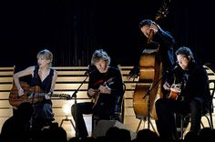 Taylor Swift, Sam Bush, Edger Miller and Vince Gill perform during the 2013 CMA Awards in Nashville, TN