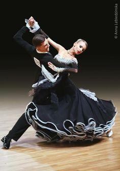 New Ideas for dress dance ballroom dancers Ballroom Dance Dresses, Ballroom Dancing, Afro, Skater Outfits, Champion, Latin Dance Dresses, Learn To Dance, Dance Fashion, Dance Art