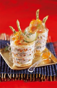 Recette verrine tout saumon par La : Recette proposée par les Compagnons du Goût. © Compagnons du Goût..Ingrédients : asperge, saumon, ciboulette