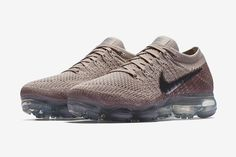 "This ""String"" iteration of the Nike Air Vapormax incorporates metallic silver Swooshes for additional pop. Check out images here. Tenis Nike Air, Nike Air Vapormax, New Nike Air, Air Max Sneakers, All Black Sneakers, Sneakers Nike, Nike Basketball Shoes, Cheap Shoes, Kicks"