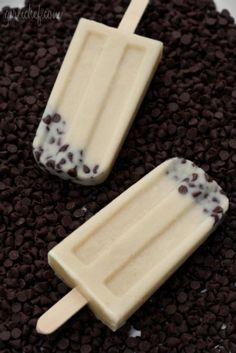 Yummy!!!  cookie dough Popsicle.. made with almond milk, these are low fat and low cal!
