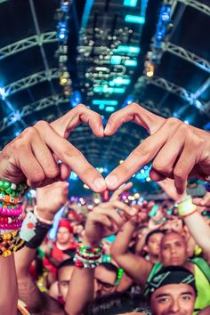 rave | festival music edm plur This board is for all #EDMMusic Lovers who dig cool stuff that other fans could appreciate. Feel free to Post or Comment and Share this Pin! #ViralAnimal #EDM http://www.soundcloud.com/viralanimal