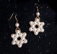 Nola con perlas
