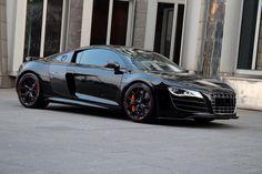 Audi r8 Spyder   Black and Red