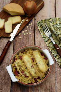 One Pot Pasta, Camembert Cheese, Healthy Recipes, Diet, Cooking, Food, Table, Portraits, Eten