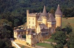 Image of a website related to: Dordogne, Near Sarlat, Montfort, Vitrac, Beynac, Roque Gageac, Domme, Perigord Noir, Sarlat.