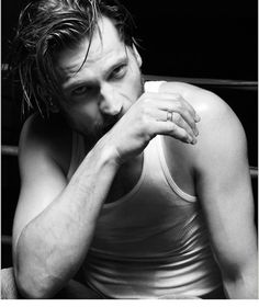 Nikolaj Coster-Waldau,  I love the expression in this picture.