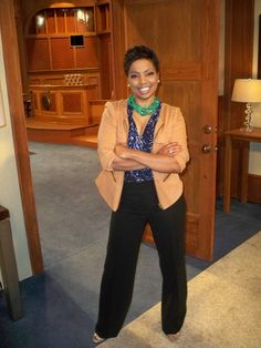 """Team Divorce Court: Check out Judge Lynn Toler of """"Divorce Court"""" striking a pose on the set!    What do YOU 'LIKE' MOST about Judge Lynn's style?"""