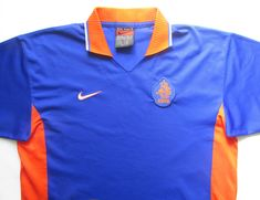 Netherlands away football shirt by Nike Nike Soccer, Football Soccer, Football Shirts, Barcelona Jerseys, National Football Teams, Vintage Nike, Jersey Shirt, Netherlands