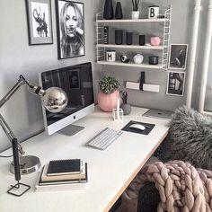 """121 curtidas, 1 comentários - Costume (@costumecst) no Instagram: """"Vamos começar o dia com o pé direito! Um escritório aconchegante e arrumado dá todo um novo pique.…"""""""