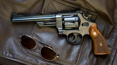 """Smith and Wesson Model 28 """"Highway Patrolman"""" N-Frame Magnum. // It was made to be a cheaper version of the Model 27 which is almost identical except it is of a higher luster than the Model 28 here. Smith Wesson, Single Action Revolvers, 357 Magnum, Apocalypse Survival, Guns And Ammo, Concealed Carry, Firearms, Hand Guns, Weapons"""
