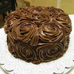 My mom's birthday cake -- chocolate avocado layers with milk chocolate icing. Pretty Cakes, Beautiful Cakes, Amazing Cakes, Beautiful Desserts, Chocolate Swirl, Chocolate Frosting, Chocolate Cake, Chocolate Roses, Chocolate Dreams