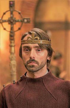 David Dawson as King Alfred British Period Dramas, Alexander Dreymon, David Dawson, Alfred The Great, The Last Kingdom, Dee Dee, Famous Faces, King Queen, Dandy