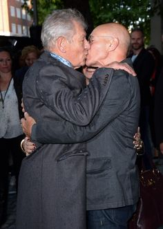 Gotta love that shock value. Sir Patrick Stewart may be straight, but he won't let it stop him from photo bombing with Sir Ian Mckellan to catch everyone around them off guard. They're weird, they're crazy, they're good at it.