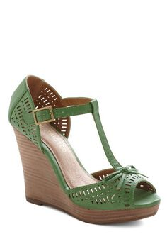 Spontaneous Sense of Style Wedge by Restricted - Green, Solid, Bows, Cutout, Wedge, Peep Toe, Leather, High, Spring, Summer