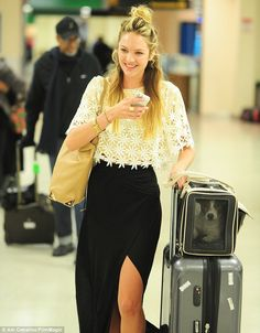 Make up free Candice Swanepoel at the airport