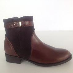 #botin #marron #hevilla #chi #tacon #chicas #zapato #fashion #ante #piel   http://calzadostacon.es/coleccion?botin_plano/182_n