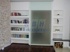 Celoskleněné posuvné dveře Bookcase, Shelves, Design, Home Decor, Shelving, Decoration Home, Room Decor, Book Shelves
