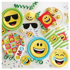 Show Your Emotions Invitations Pk Of 8 Emoji Birthday Party Decoration Invitation Faces
