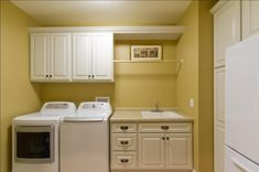 60 Modern Laundry Room for Small Space  #LaundryRoom