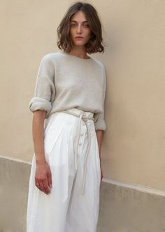 Dunn Palazzo Pants in White Creme by Nanushka – The Frankie Shop Linen Pants Outfit, White Pants Outfit, White Pants Fashion, White Palazzo Pants, Modest Fashion, Fashion Outfits, Women's Fashion, Kaftan Style, Wide Trousers