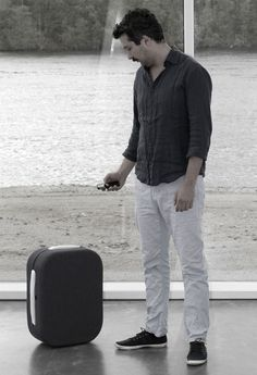 Hop. Hop is a suitcase that follows the user.