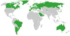 Map of countries that provide universal health care in some form