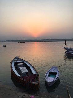 Sunset on the shore of mamma Ganga