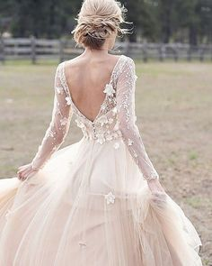 ideas dress wedding princess magazines for 2019 Wedding Dress Low Back, Low Back Dresses, Wedding Dress With Veil, Beautiful Wedding Gowns, Long Sleeve Wedding, Princess Wedding Dresses, Blush Dresses, Flower Girl Dresses, Lovely Dresses